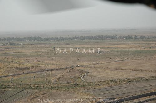 archaeology ancienthistory tell iraq middleeast tall airphoto oblique aerialphotography aerialphotograph geocity aerialarchaeology camera:model=nikond70 geocountry camera:make=nikoncorporation exif:make=nikoncorporation geostate exif:model=nikond70 exif:lens=180700mmf3545 exif:focallength=70mm exif:aperture=ƒ71 exif:isospeed=200 geo:lat=32059635 geo:lon=45293311 puzrishdagan sellushdagan telldrehem geo:location=to320588844428452923880312telldrehempuzrishdagan38sna276470