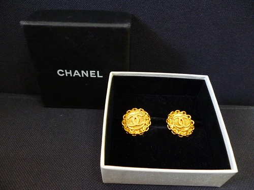 vintage chanel earrings 1