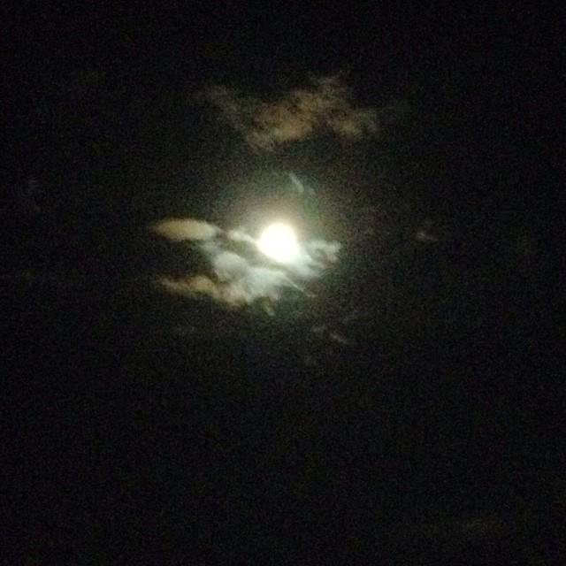 Luna magica #ig_forlicesena #igersfc #viaggioinromagna #giriingiro #ig_emiliaromagna #igersemiliaromagna #igersforli #sanlorenzo#lidodelsavio #mare #sea #summer #estate