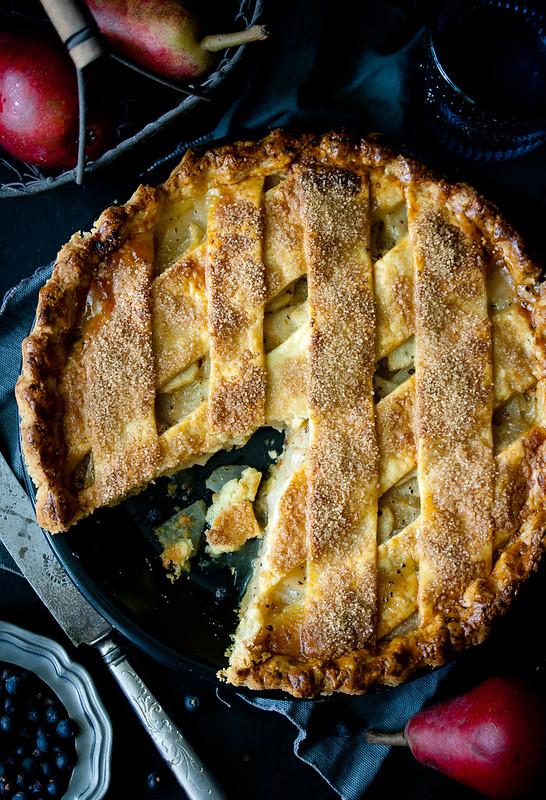 Four & Twenty Blackbirds' Junipear Pie