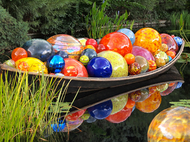 Float Boat by Dale Chihuly at Denver Botanic Gardens