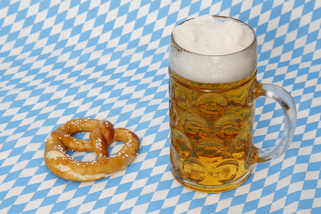 ma bier und brezel zum oktoberfest flickr photo sharing. Black Bedroom Furniture Sets. Home Design Ideas