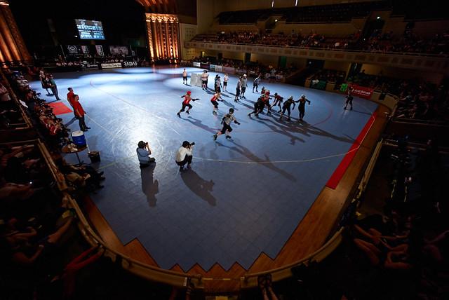 the Memorial Auditorium of Sacramento, California as a venue for... roller derby!