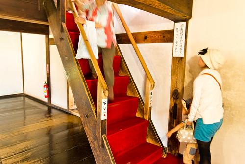 急な階段の連続