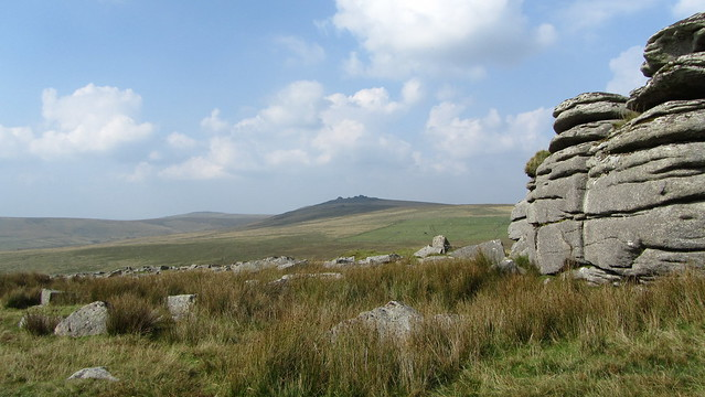 Hollow Tor (Rundlestone)