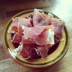 jamã³n serrano, meat, prosciutto, produce, food, dish, cuisine, animal fat,