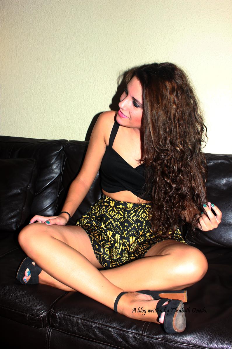 falda-étnica-y-top-negro-HEELSANDROSES-(5)