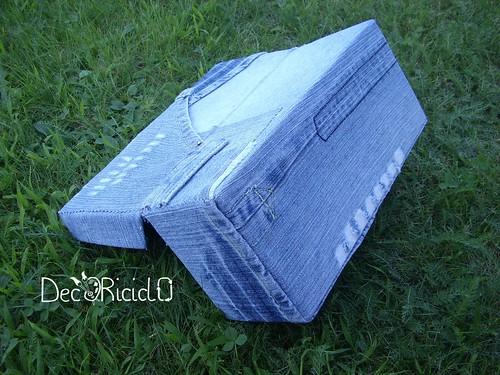 scatola scarpe e jeans 5