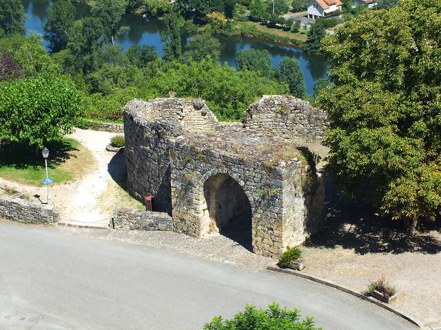 [055-015] Capdenac - La porte de Gergovie (Capdenac-le-Haut)