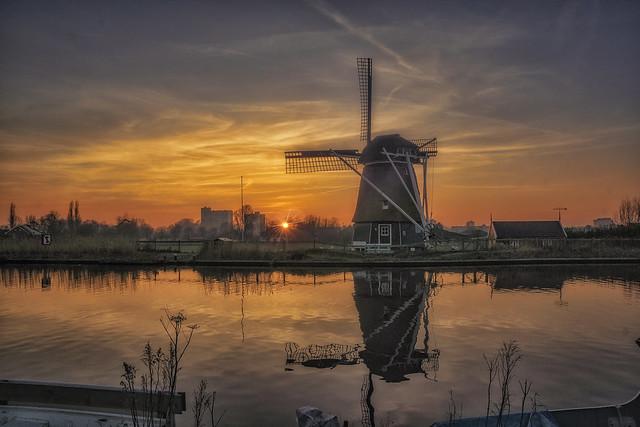 Last sun on Vijfhuizen mill