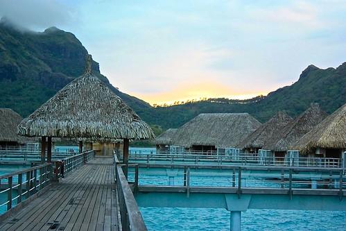 Overwater Bungalows St. Regis Bora Bora