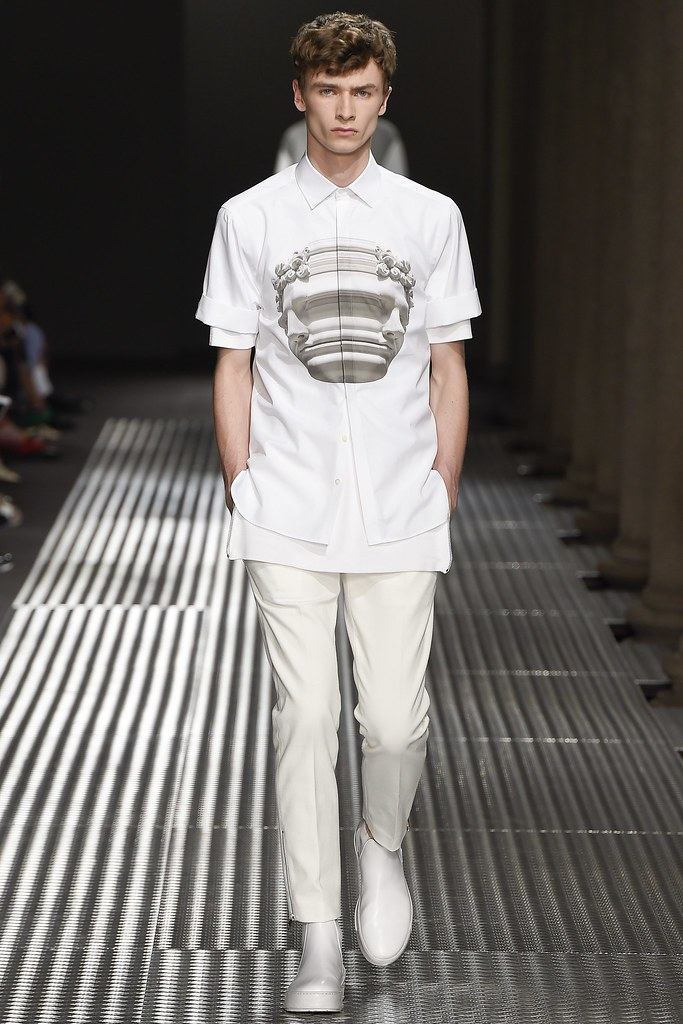 SS15 Milan Neil Barrett008_Guy Gee(VOGUE)