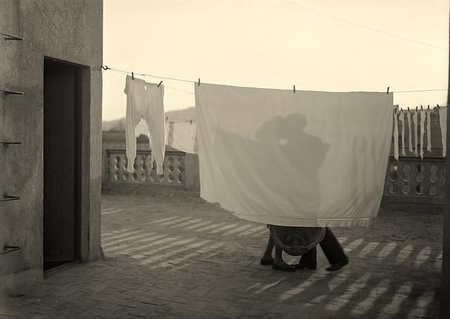 El beso. 1930-1936 Archivo Arissa. Fundación Telefónica