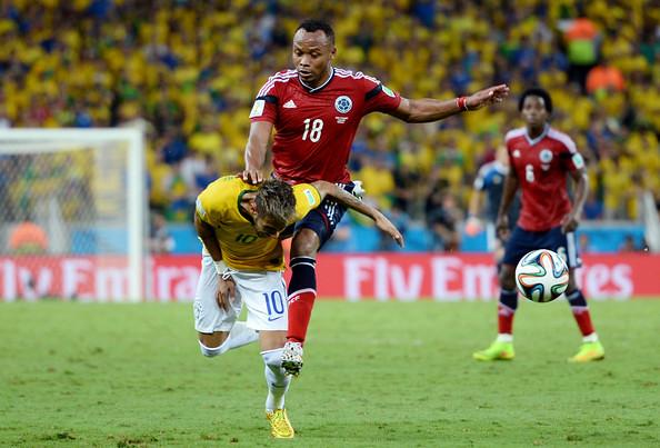 Neymar Challenged By Juan Zuniga
