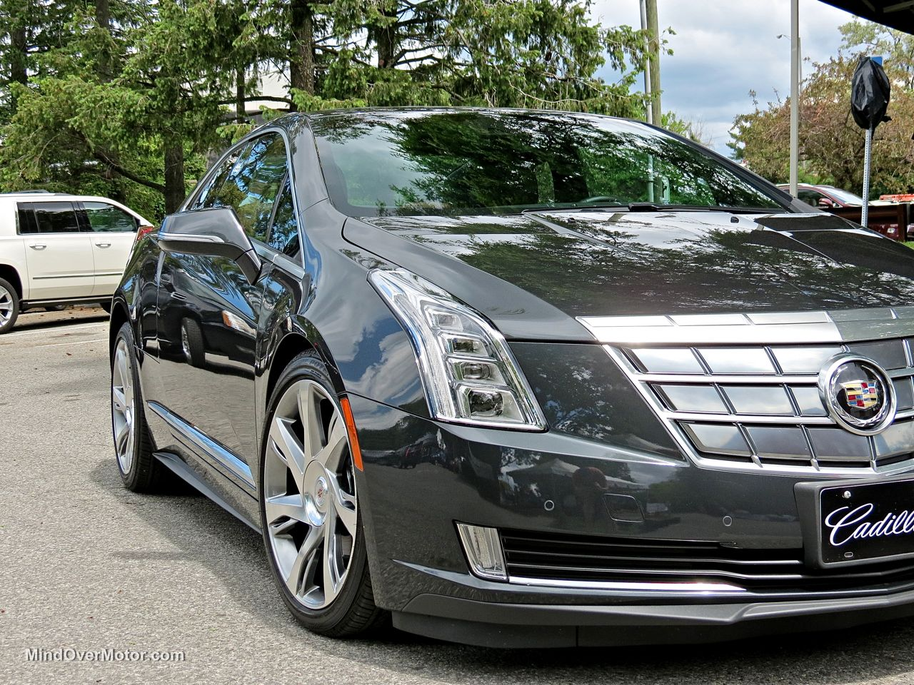 Cadillac ELR Headlights