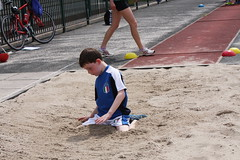 endurance sports(0.0), athletics(1.0), play(1.0), sports(1.0), long jump(1.0), athlete(1.0),