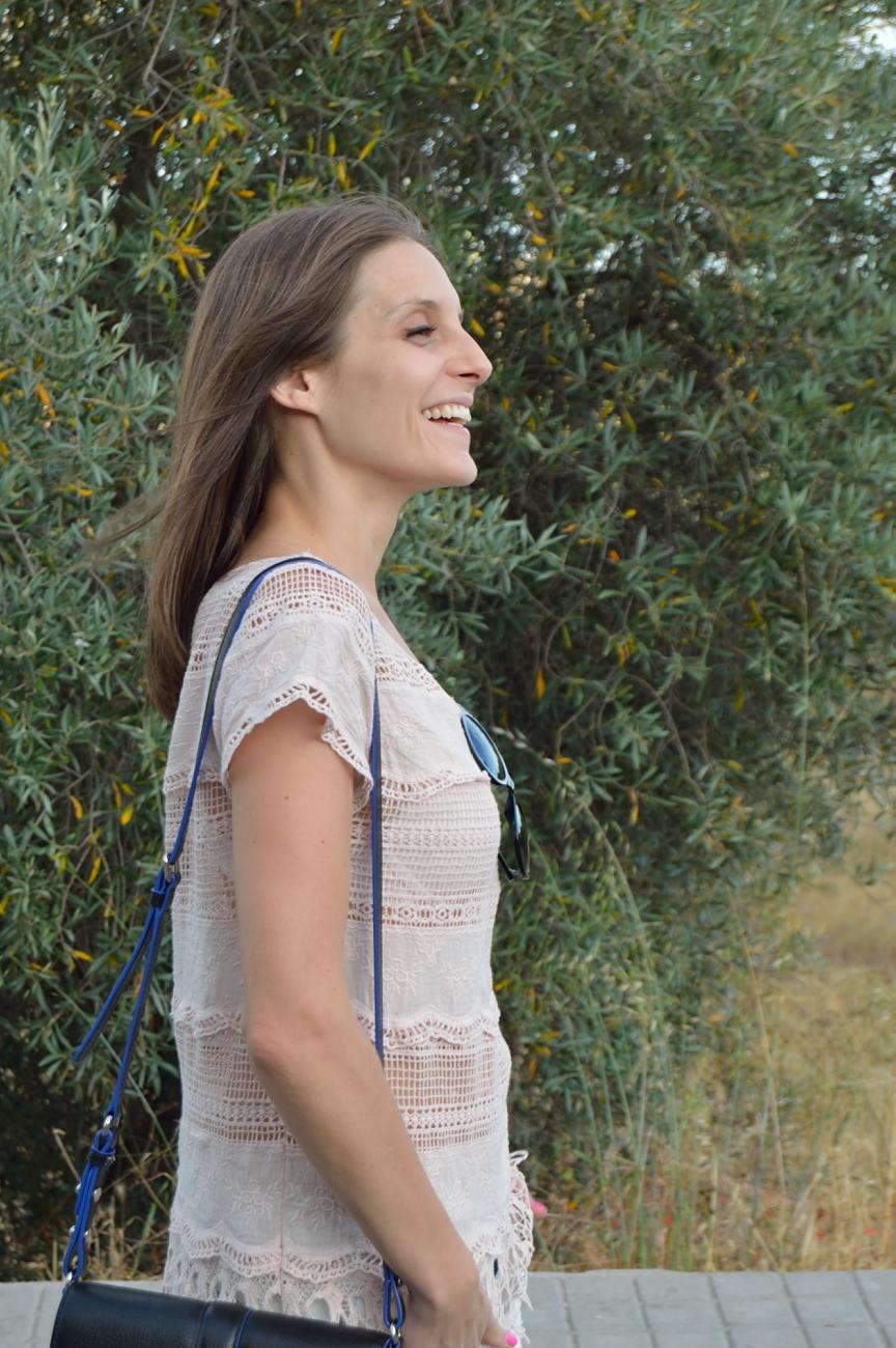 lara-vazquez-madlula-blog-style-fashion-soft-lace-pink-tee
