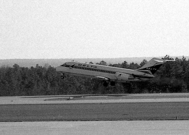 Takeoff at Cola. Met,1973