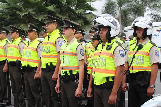 Img 2070 flickr photo sharing for Ministerio del interior policia nacional del ecuador