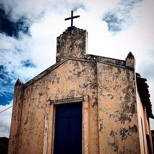 Capelinha #igreja #church #santuário #mesquita #templo #cruz #fé #caminhosdafé #cristã #capela #católico #cruz #itagi #itabuna #bahia #brasil