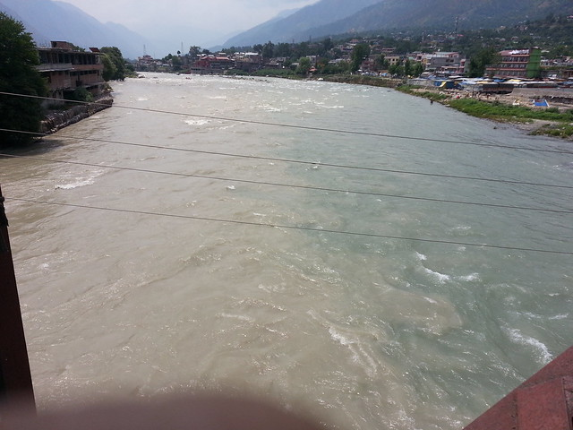 Sangam of Parvati and Beas rivers