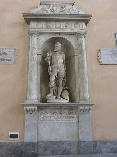 statue municipio