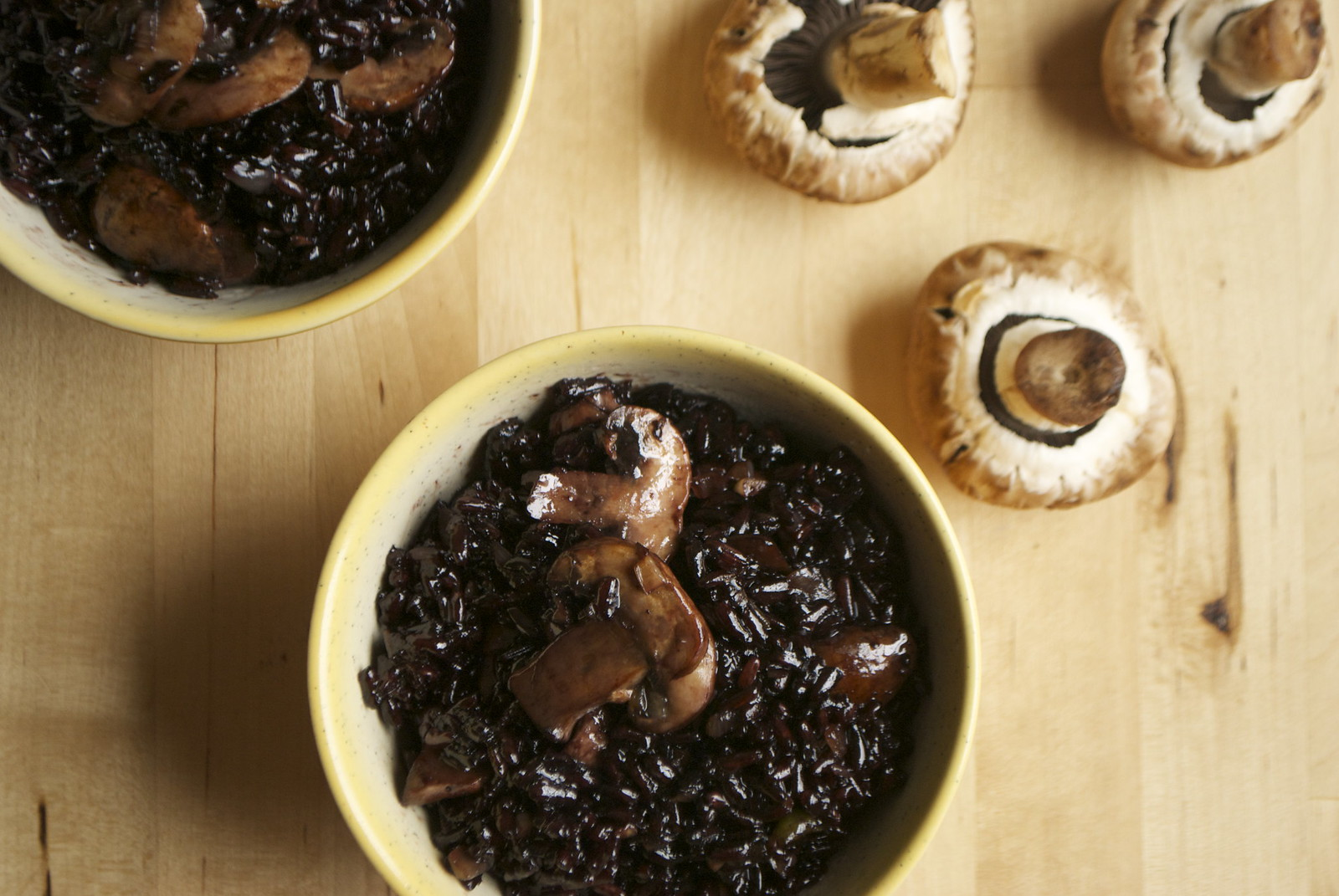 mushroom fried black rice
