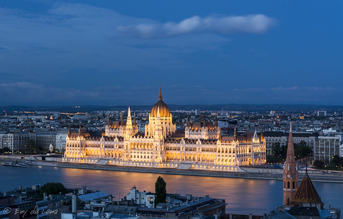 building architecture hungary budapest parliament bluehour danube hungría parlamento danubio horaazul