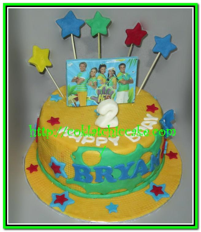 Kue ulang tahun Hi5