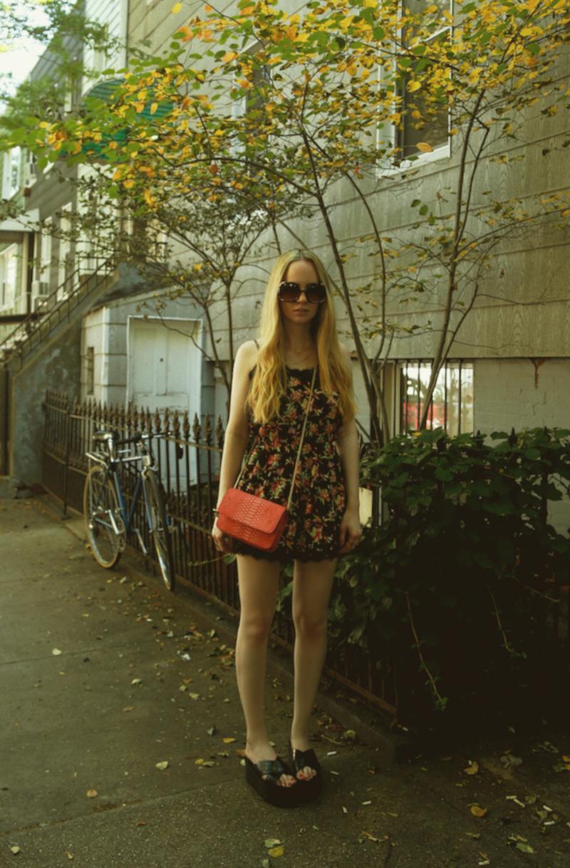 LittleMistress_FloralRomper_Forever21PlatformSandals_SpiceGirlShoes