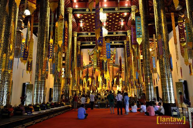 Wat Chedi Luang interior