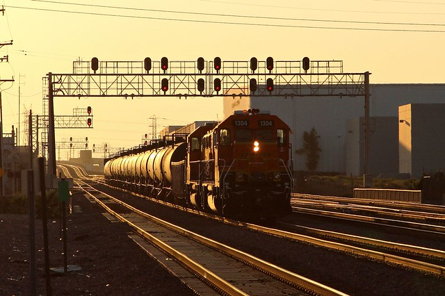 BNSF1304 1301 local San Pedro Junction 07 08 2014