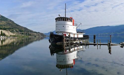 tug tugboat canadiannationalno6 cnno6 okanagan penticton britishcolumbia canada panasonic dmclx5 lx5 jasbond007 nigeldawson copyrightnigeldawson2014 lake landscape
