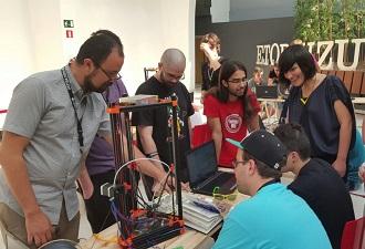 El Ayuntamiento de Bilbao apuesta por el uso creativo de la tecnología entre los jóvenes con Gaztea tech