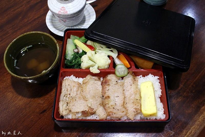 32190611203 0accb1cfc6 b - 熱血採訪 | 台中西區【初色 弁当 関東煮】清爽不油膩的日式便當,當天新鮮食材售完為止,日本進口關東煮,南瓜起司球爆漿超好吃