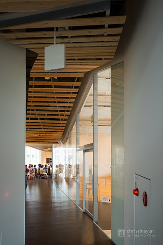 "Inside of Civic Koryu Exchange Plaza ""Towaare"" (十和田市市民交流プラザ)"