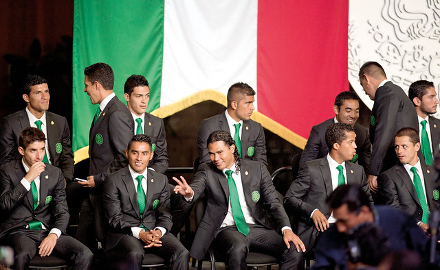 FBL-WC-2014-MEXICO-CEREMONY-NATIONAL FLAG