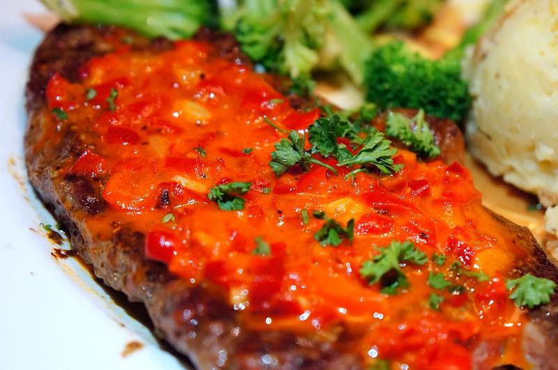 "Tony Roma Raises the ""Steaks"" - more steaks -001"