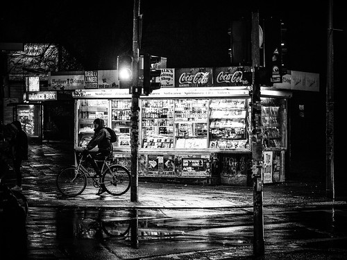 Man on Bike, Kiosk