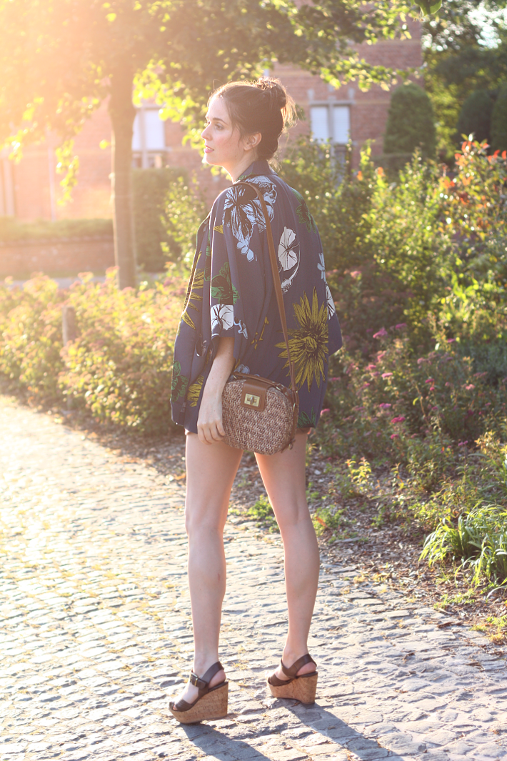 kimono wicker box bag wedges style outfit