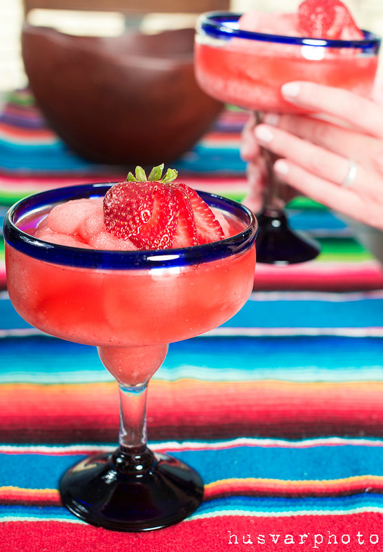 strawberry jalapeno margarita in_the_know_mom #sweetnlowstars
