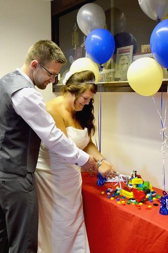 LEGO cake cutting