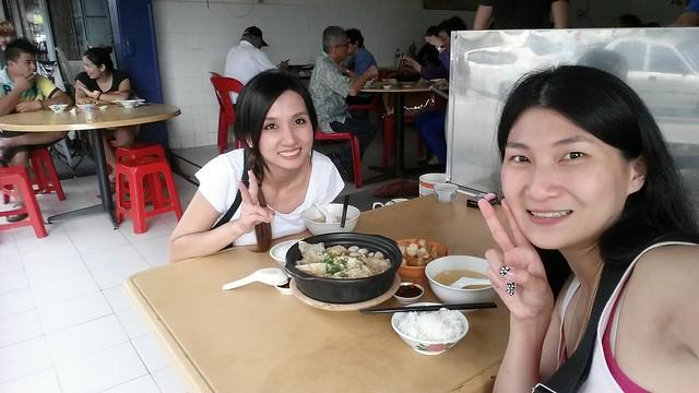 Us, happy girlies at Soon Soon Heng Bak Kut Teh