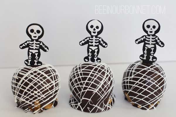 skelton caramel apples 5