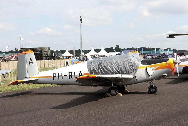 PH-RLA