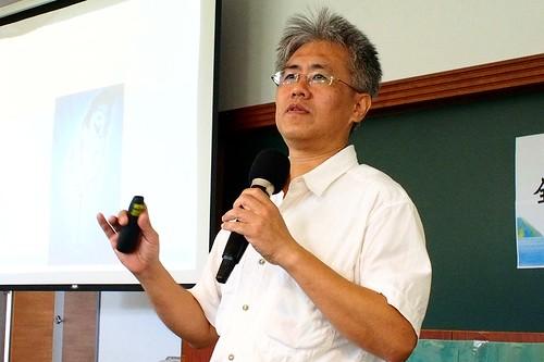 台北大學不動產與城鄉環境學系副教授廖本全13日於全國區域計畫工作坊發表談話。地球公民基金會攝。