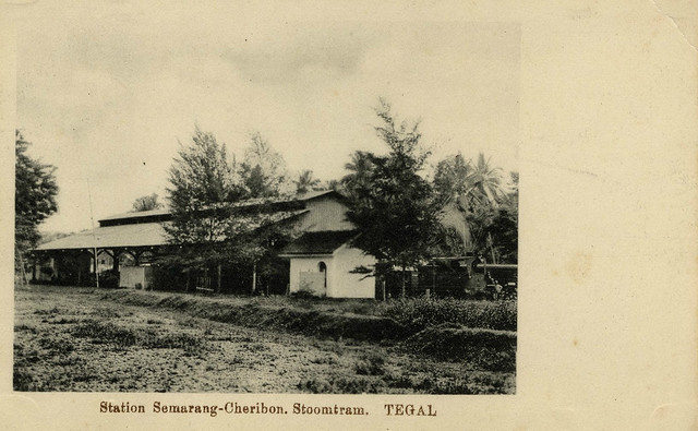Station van de Semarang-Cheribon Stoomtram Maatschappij te Tegal 1910