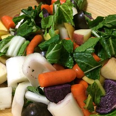 spinach salad, salad, vegetable, leaf vegetable, food, dish, cuisine,