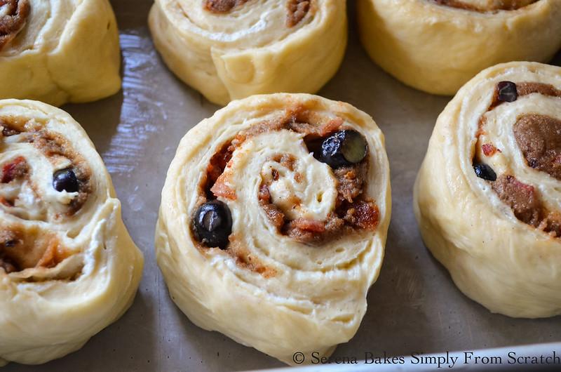 Bacon-Blueberry-Cinnamon-Rolls-Cut-Rolls.jpg