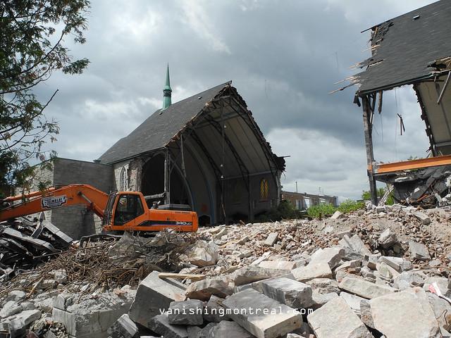 Eglise Notre-Dame-de-la-Paix demolition 6/06/14 03